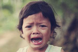 Kind wat huil